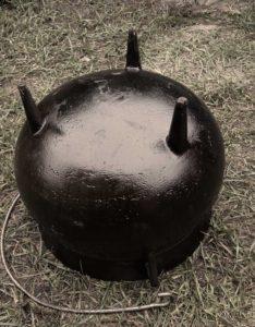 Large Cauldron - bottom